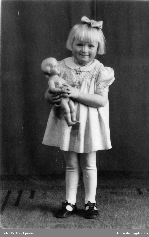Berit Marie Flaten frå Hemsedal, 1946
