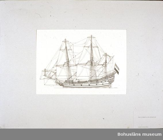 Montering/ram: Passepartout av tunn grå kartong; 55 x 66 cm, Pinass av holländsk tyg från 1600-talets mitt. Övrig historik se UM72.26.001.