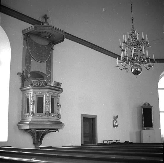 Stenkyrka socken. Stenkyrka kyrka. Predikstol. Före restaurering.