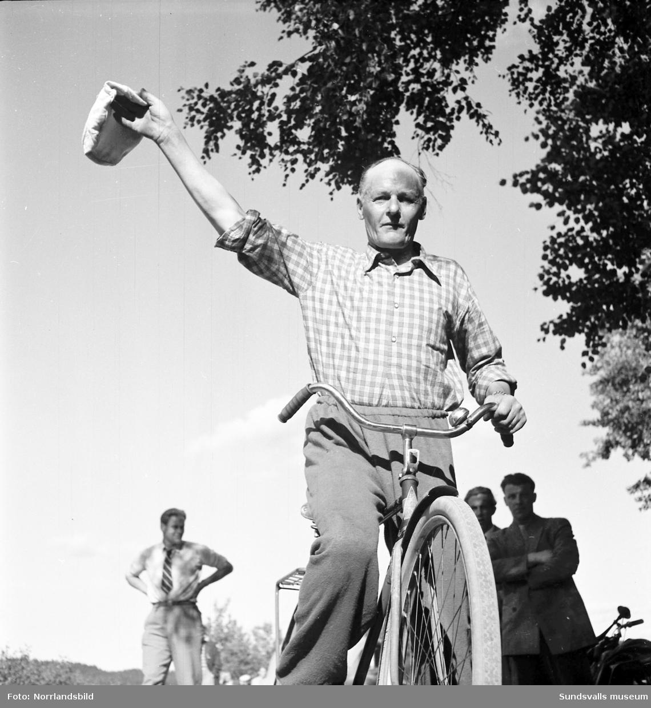 Cykeltävling för 60-åringar. Vem blir Medelpads Stålfarfar?