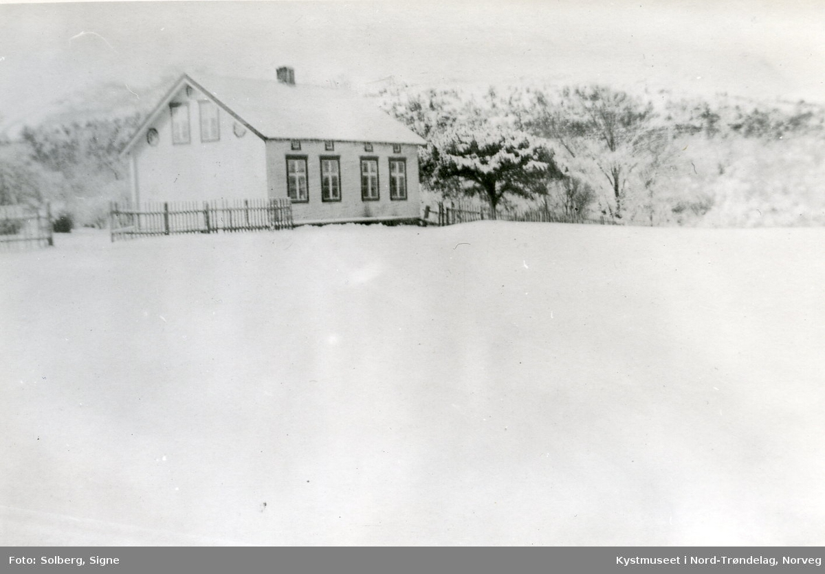 Sara og Peder E. Windseth`s kårhus i Flatanger