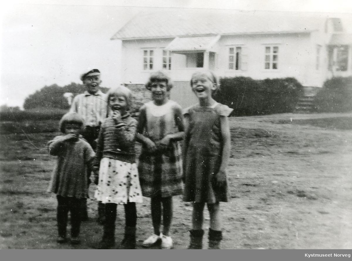 Randi, Grete, ukjent, Kirsten og Gudbrand Svendsgaard