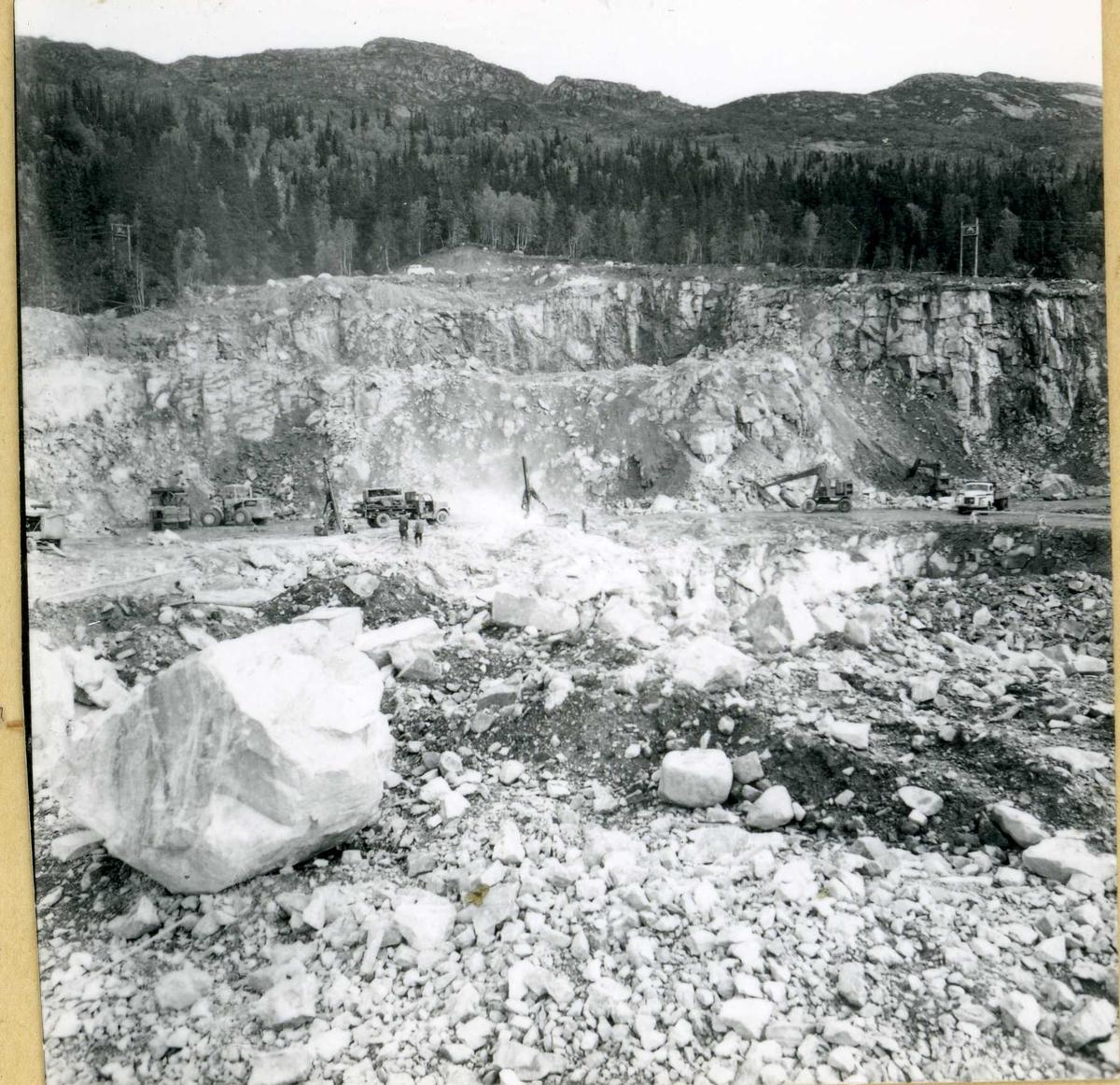 734-1 Steinbrudd Botnedalen