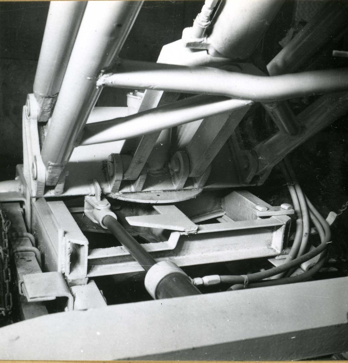 Dalen-lageret 10, maskiner
