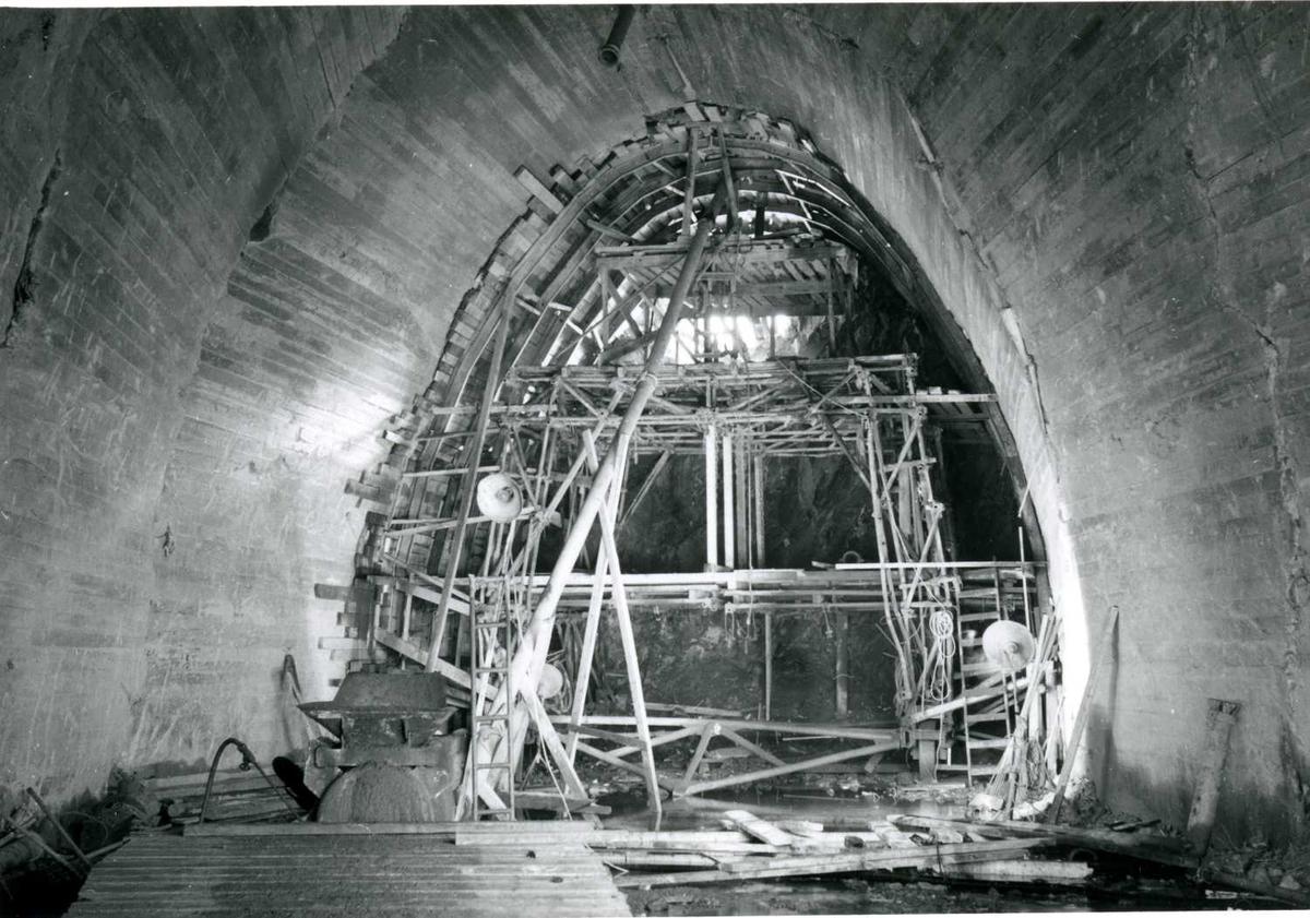 Støping U-tunnel (gjennomslag) 02-07-59.tif