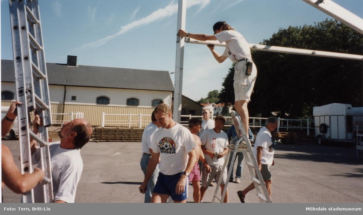 Amatör SM 21 Juli 1994 på Åby, förberedelser inför festen.   Blandade bilder insamlade inför dokumentation av Åby Stallbacke och Stallgårdar 2015.