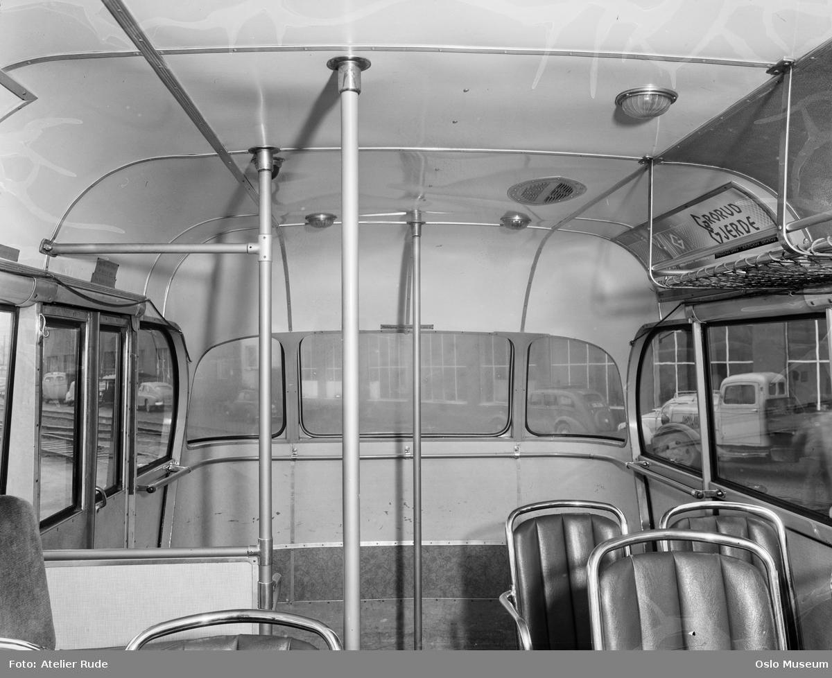 Schøyens Bilcentraler, busselskap, buss, interiør, reklame