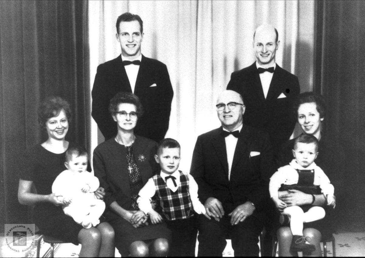 3 generasjoner av familien Moland
