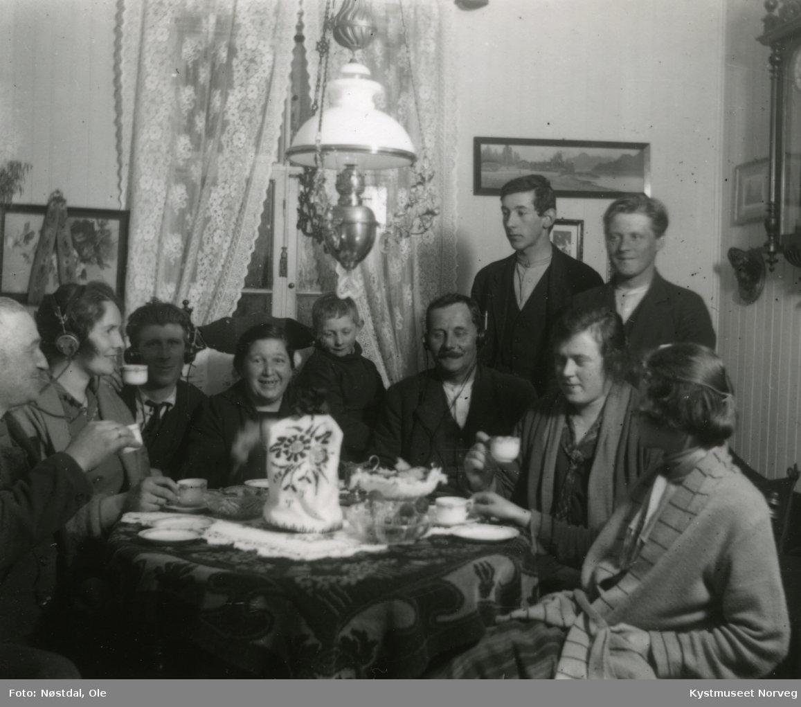 P. Lund med familie