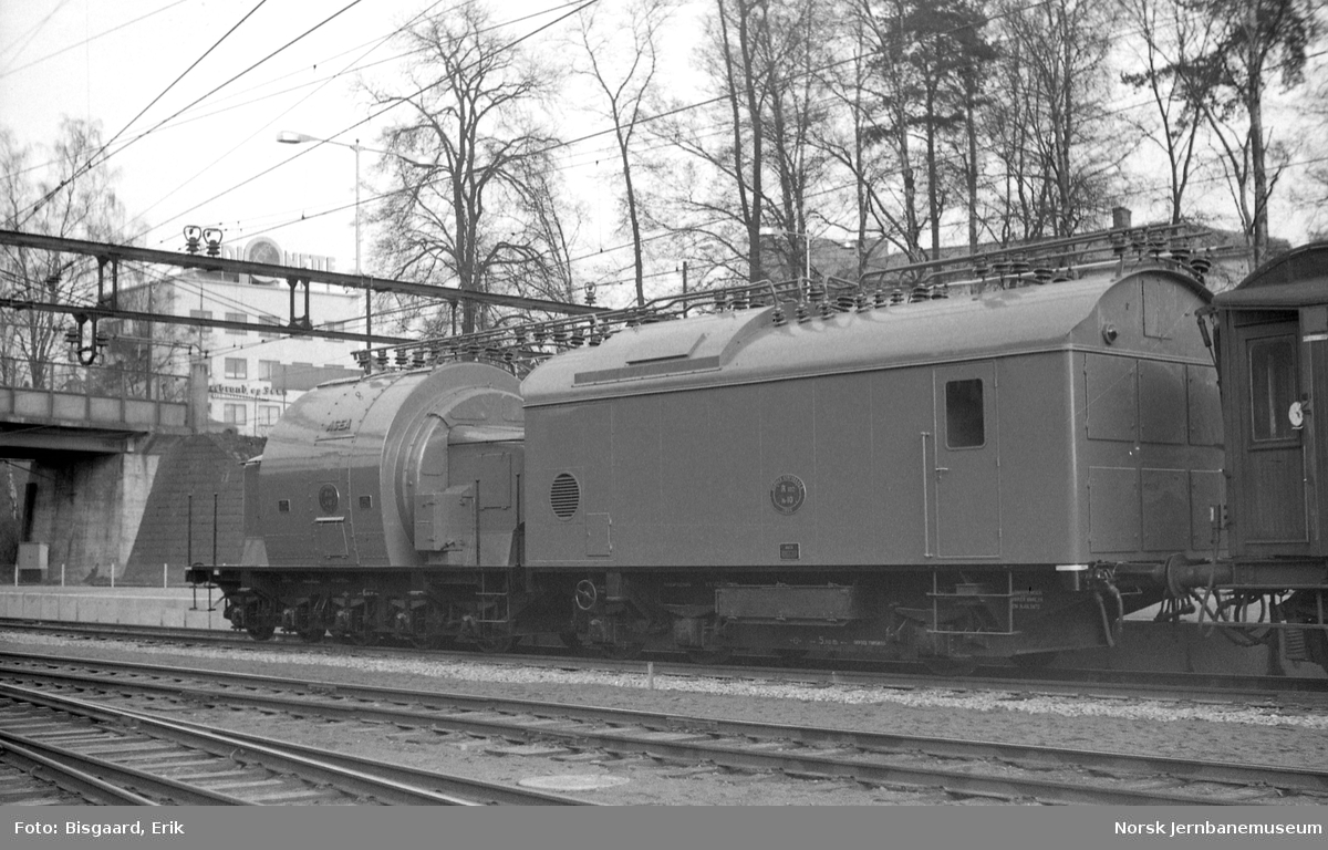 Omformervogn litra R102 nr. 10 på Ski stasjon