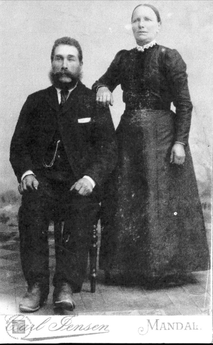 Portrett. Peder og Randi Rustad.
