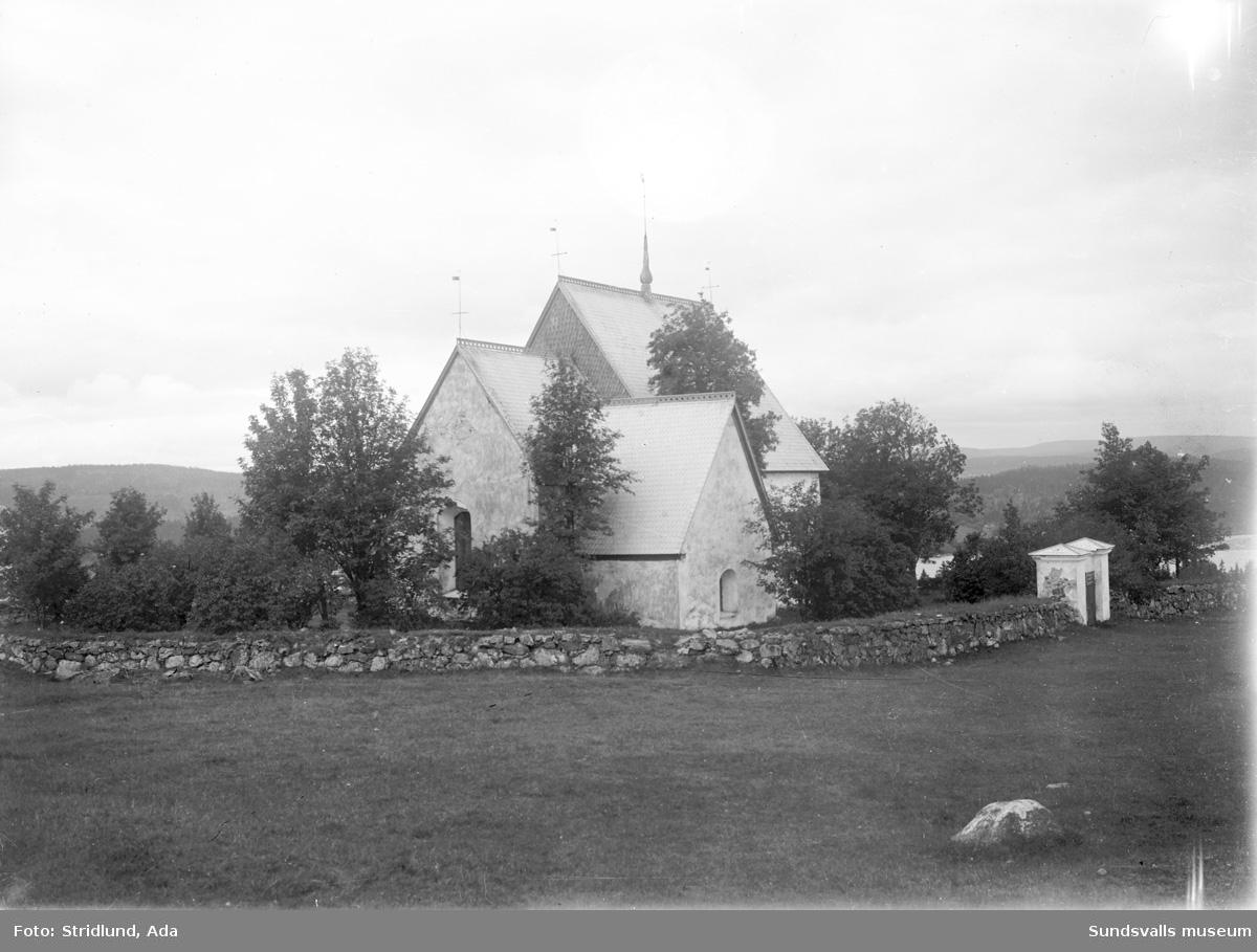 Alnö gamla kyrka.
