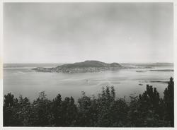 Utsikt mot Valderøya fra Aksla i Ålesund