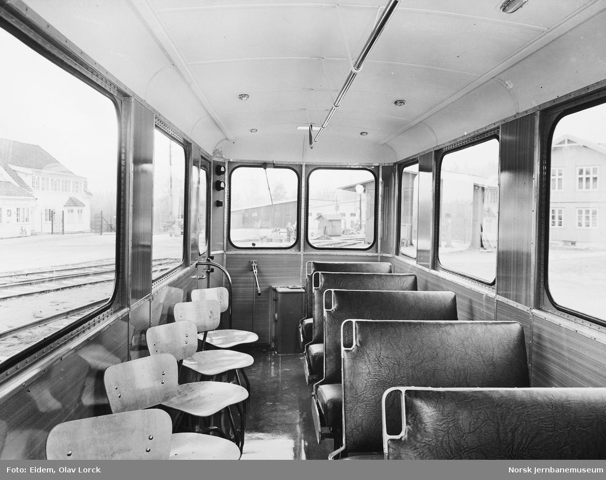 Akkumulatordrevet motortralle - mannskapsvogn - til Vinstra Kraftselskap ved levering - interiørbilde