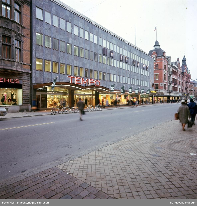 Nyöppnade Tempo på Storgatan i Sundsvall i den nybyggda delen av kvarteret Glädjen. Exteriör- och interiörbild