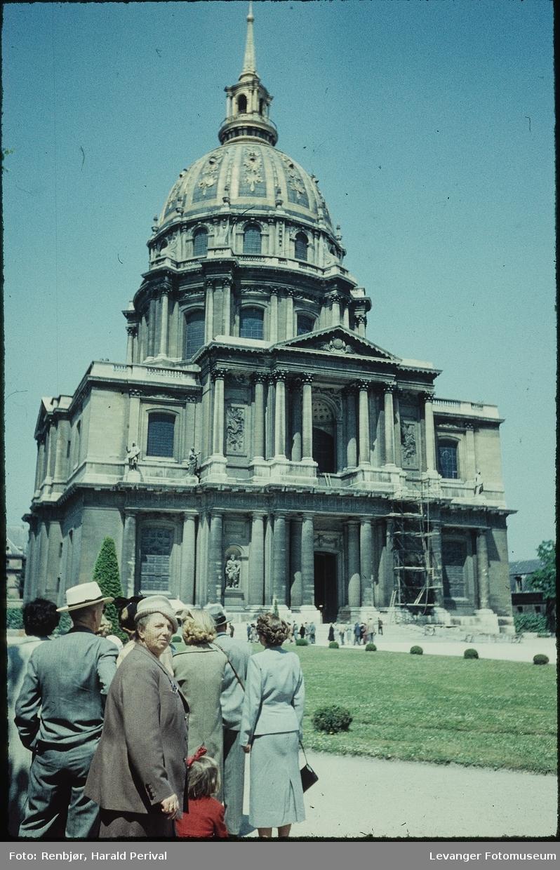 Église Saint-Louis-des-Invalides. Napoleons grav.