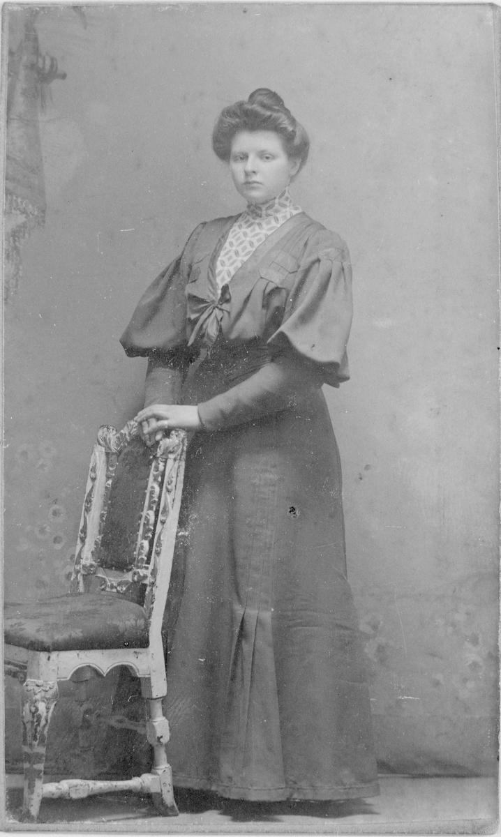 Helga Hotop ca 1910