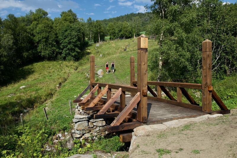 Rekonstruert bru langs Kongevegen, Dovre kommune. Foto: Hans-Jacob Dahl (Foto/Photo)