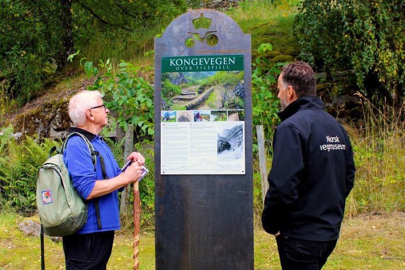 Kongevegenskilt ved Vindhella, Lærdal kommune. Foto: Jan Adriansen (Foto/Photo)