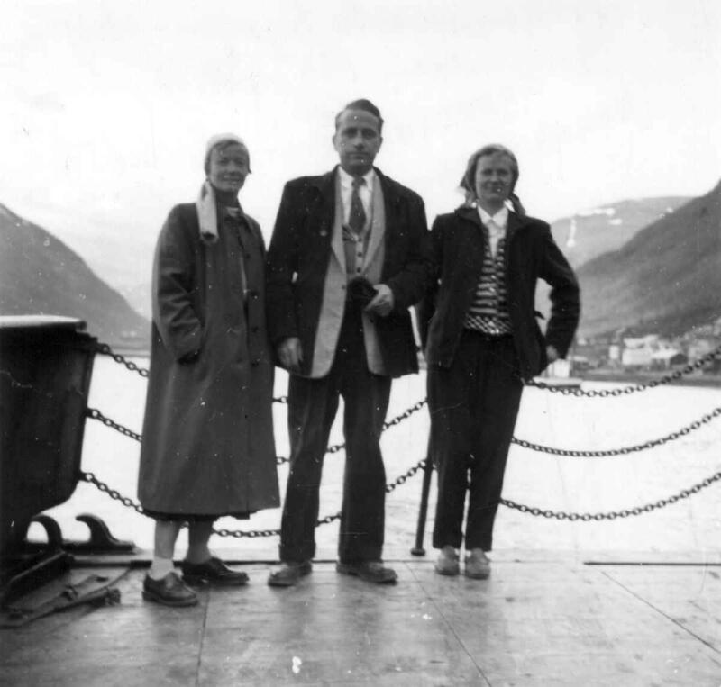 Marta Hoffmann og Asbjørn Nesheim i Lyngen i Troms i 1955. (Foto/Photo)