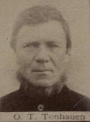 Benkeslemmer Ole T. Thonhaugen (1835-1912) (Foto/Photo)