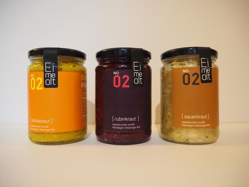 Fermenterte grønnsaker fra Eimealt kr 160,- Shivakraut, rubinkraut og sauerkraut. (Foto/Photo)