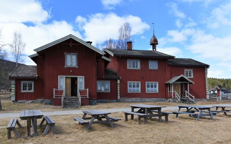 Nystu Trønnes hovedbygning (Foto/Photo)
