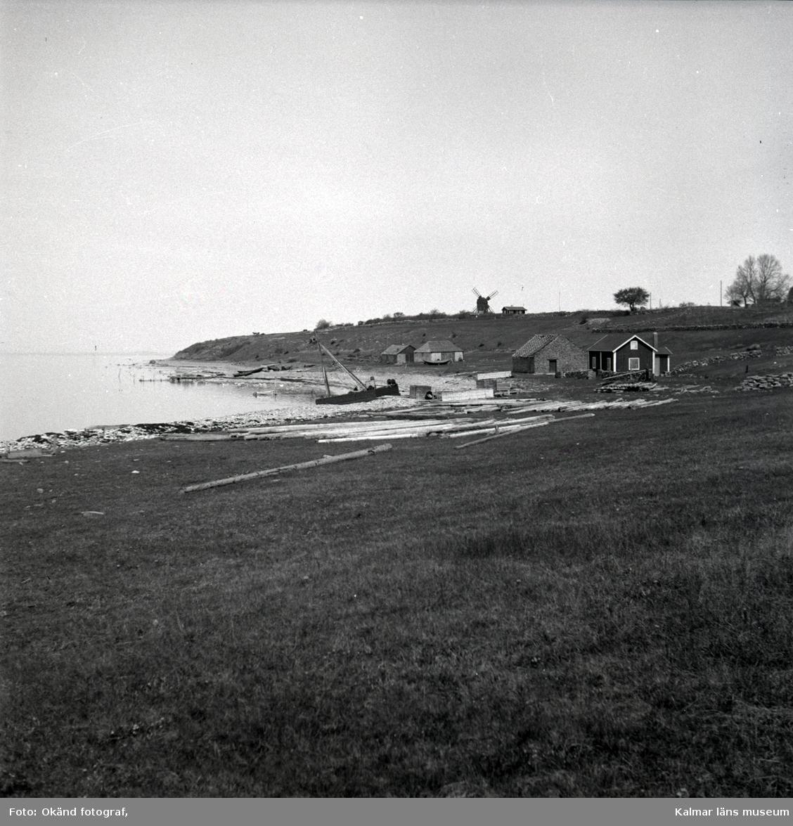 Landskapsbilder från Äleklinta. Här syns även den vackra kustvägen.