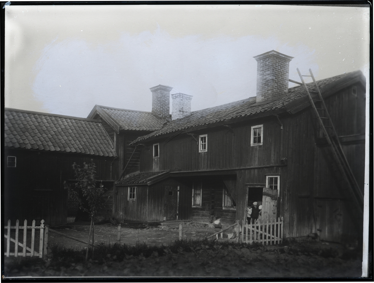 Gårdsinteriör på Skarprättargården, Västerås.