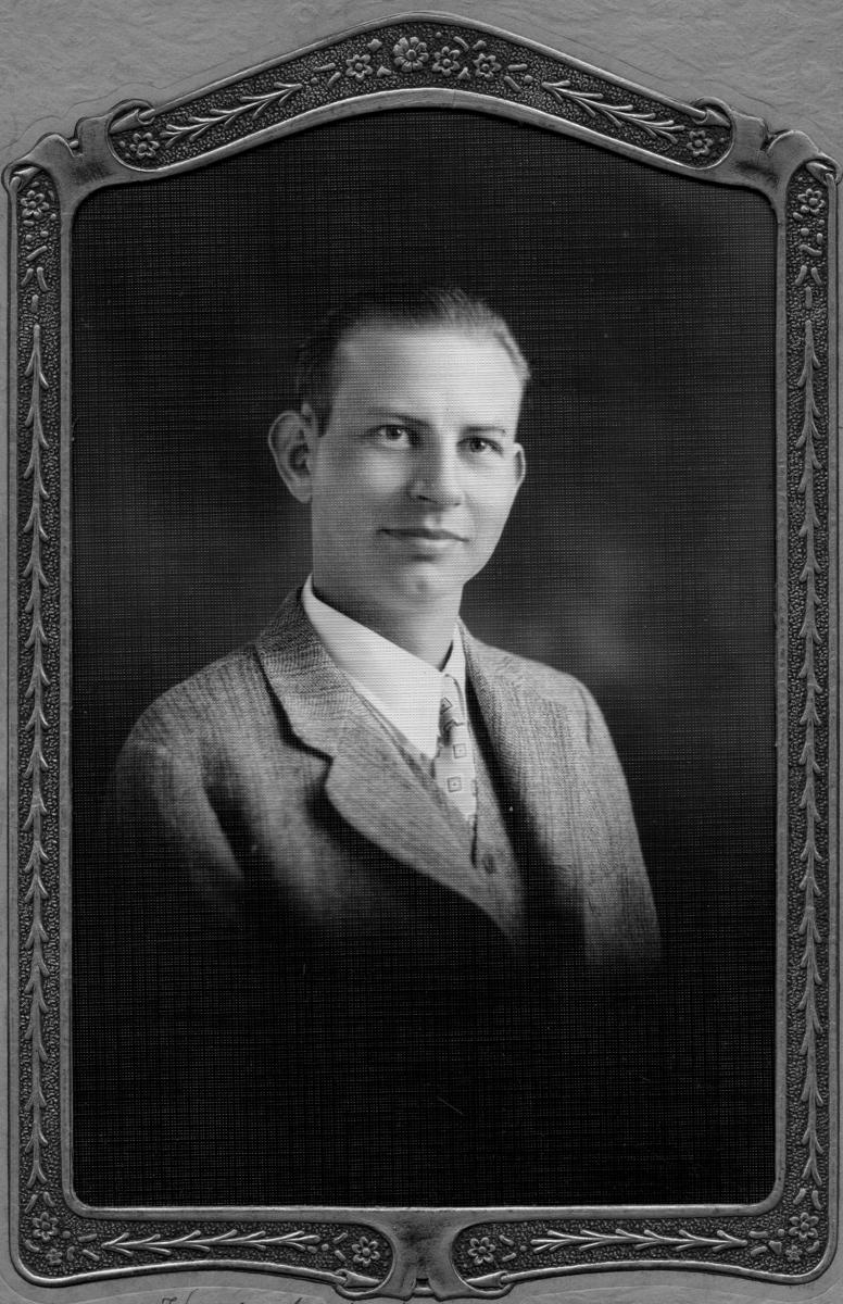 Siggebohyttans bergsmansgård.  Torgny Andersson (född 18 mars 1904 - ), Karl Axel Anderssons son.
