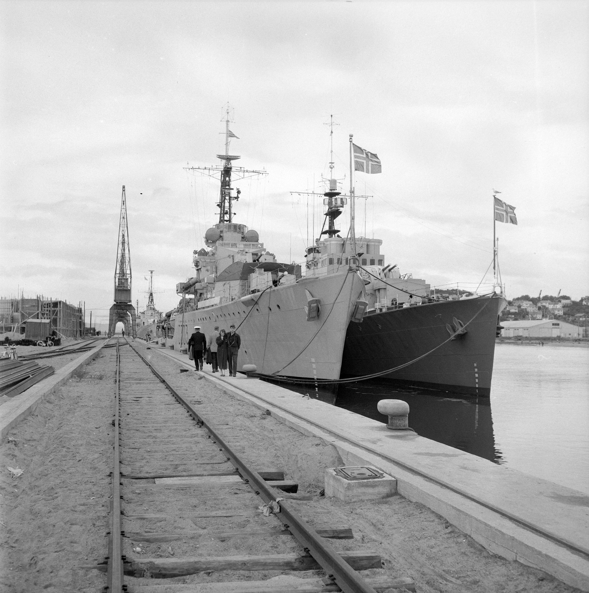 Krigsskip i byen