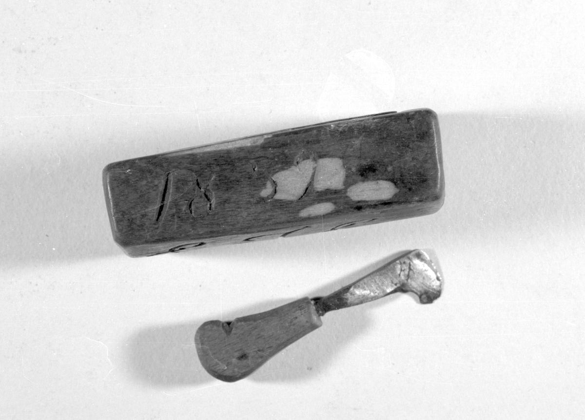 Medisinsk instrument brukt til årelating.