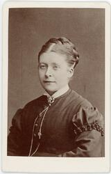 Kabinettsfotografi - kvinna, Uppsala