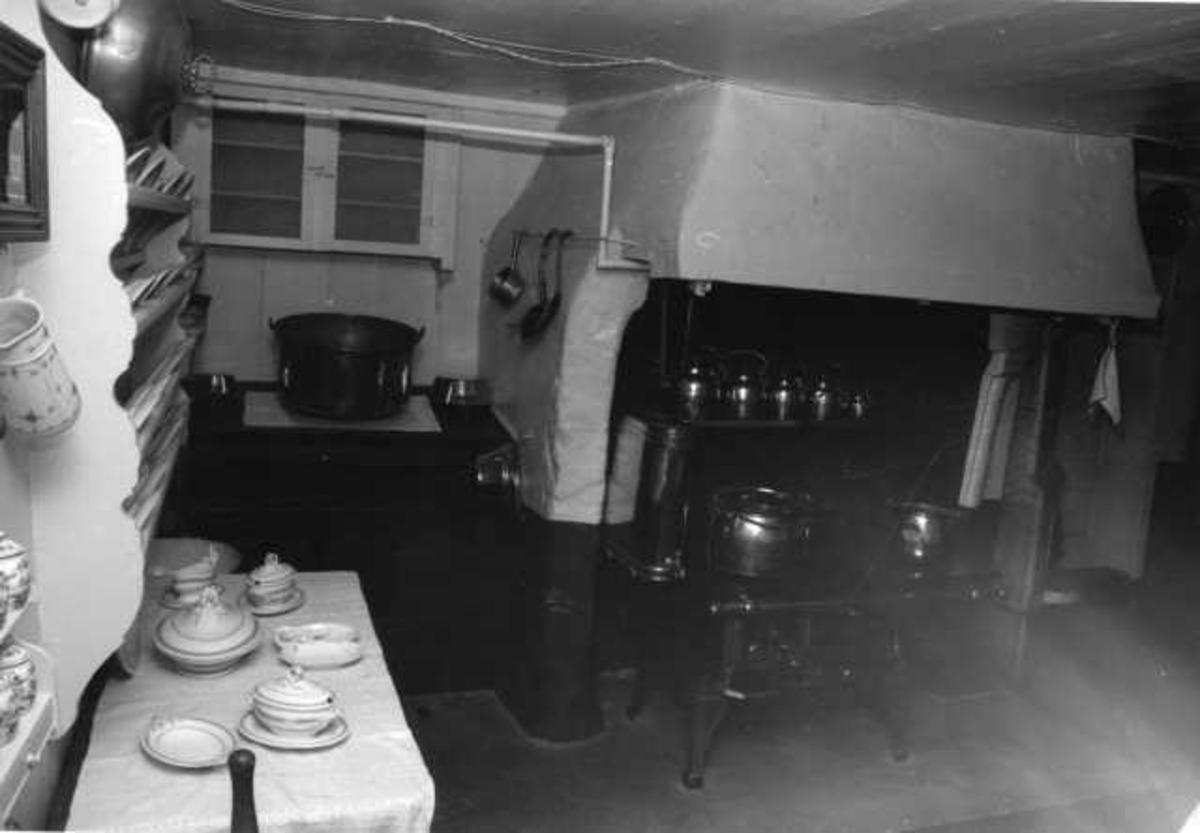 Aulestad, interiør, kjøkken, ovn, kakaokjele