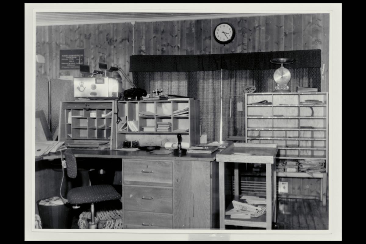 interiør, postkontor, 2670 Otta, ekspedisjon, vekt