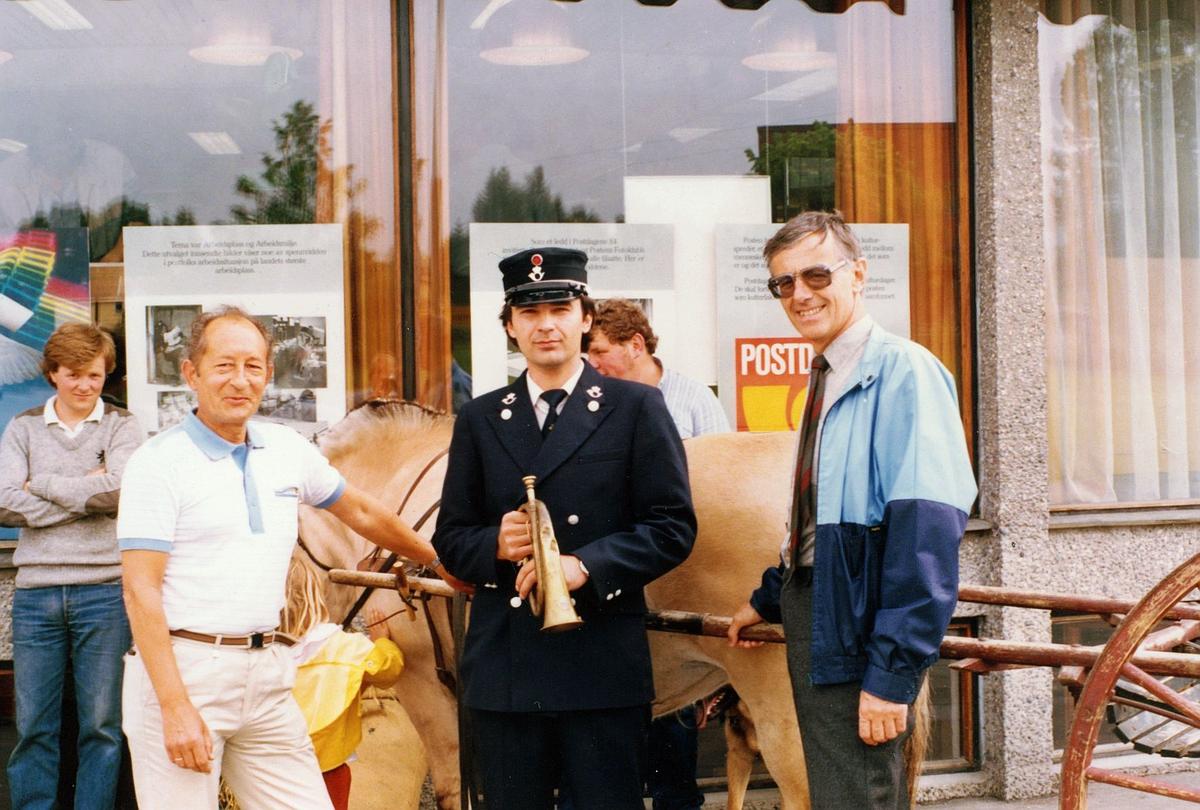 kampanje, postdager, 3050 Mjøndalen, personale, uniform, posthorn