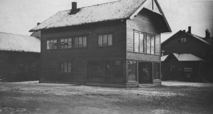 Bildet viser uthusene til Vanaheim.