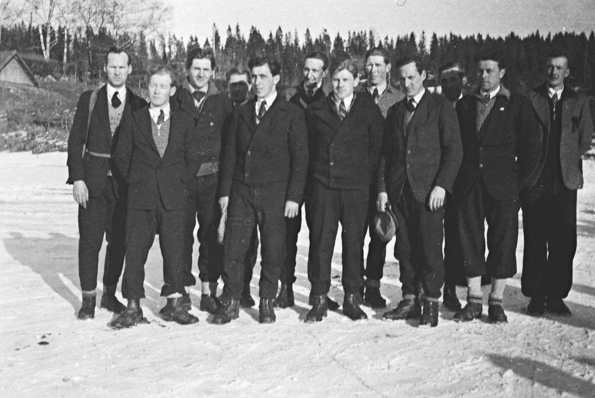 Gruppebilde fra hovedkretsrennet på ski