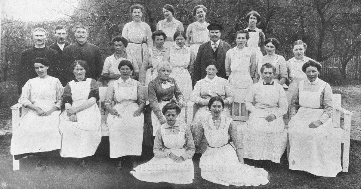 De ansatte ved Emma Hjort, gruppebilde Fra 5års meld. 1910-15.