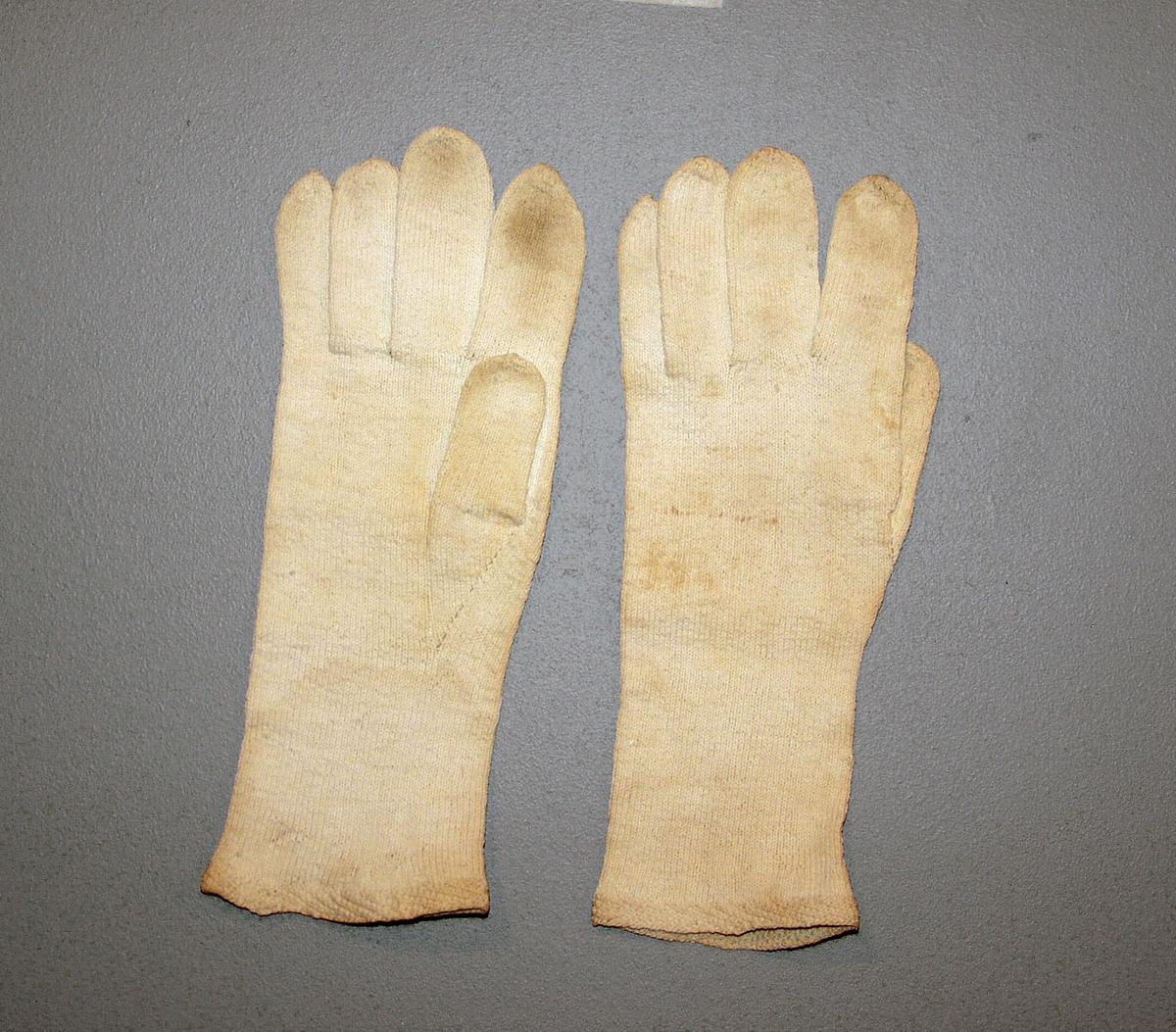 Fingervanter. Klebunad N1a.