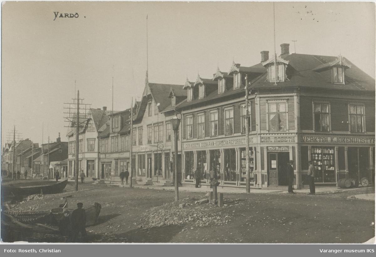 Postkort, Strandgata sett mot nord, ca. 1910