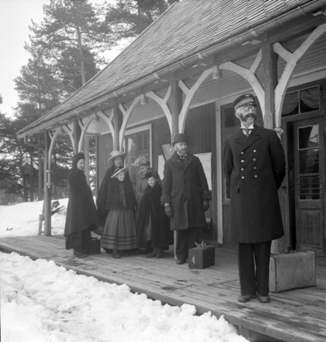 NORSK JERNBANEMUSEUM, Hamar. FILMINNSPILLING APRIL 1954.