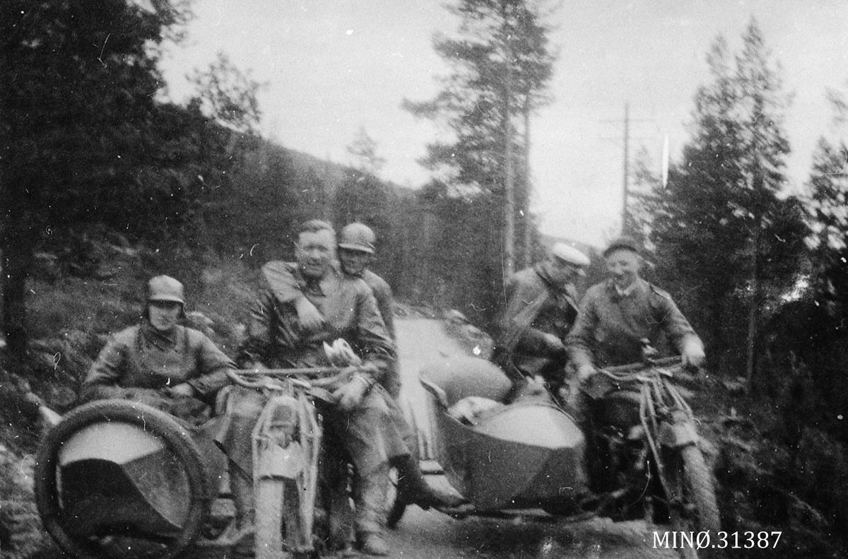 På tur til sangertevne i Rendalen 1924