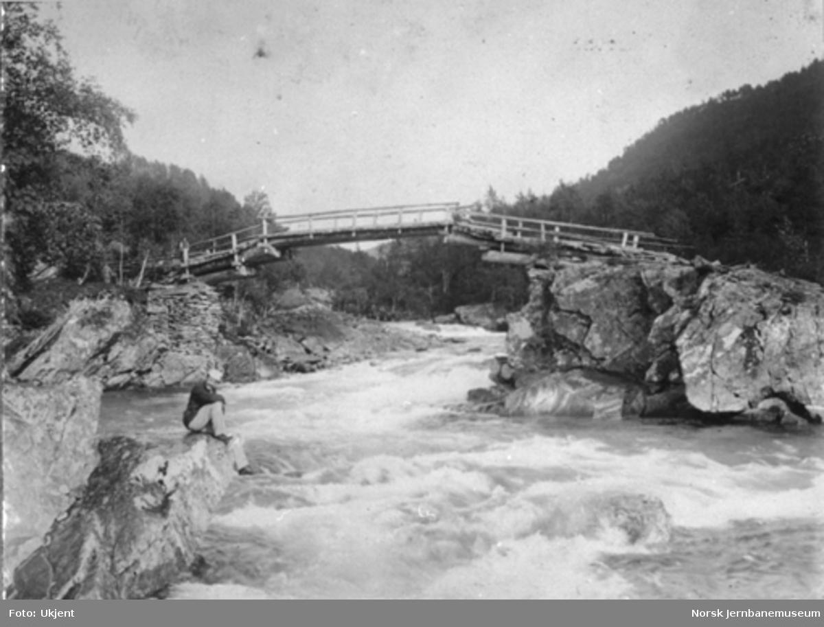 Utleggsbru på Limberg i Raundalen