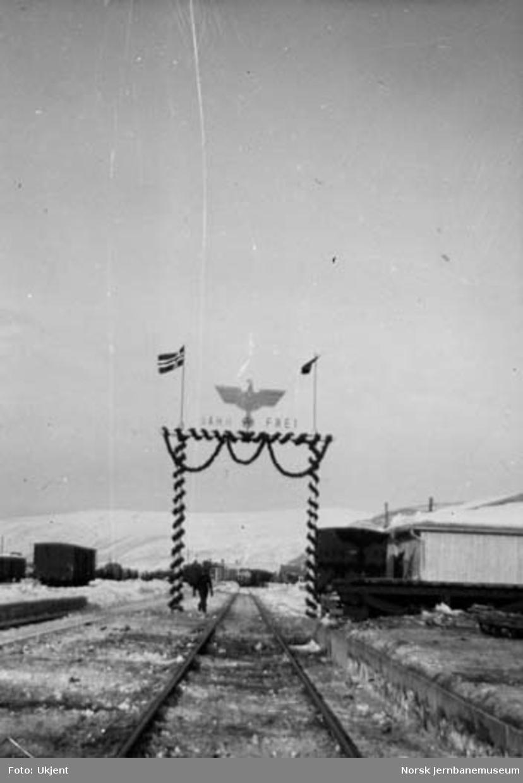 Mosjøen stasjon pyntet ved baneåpning