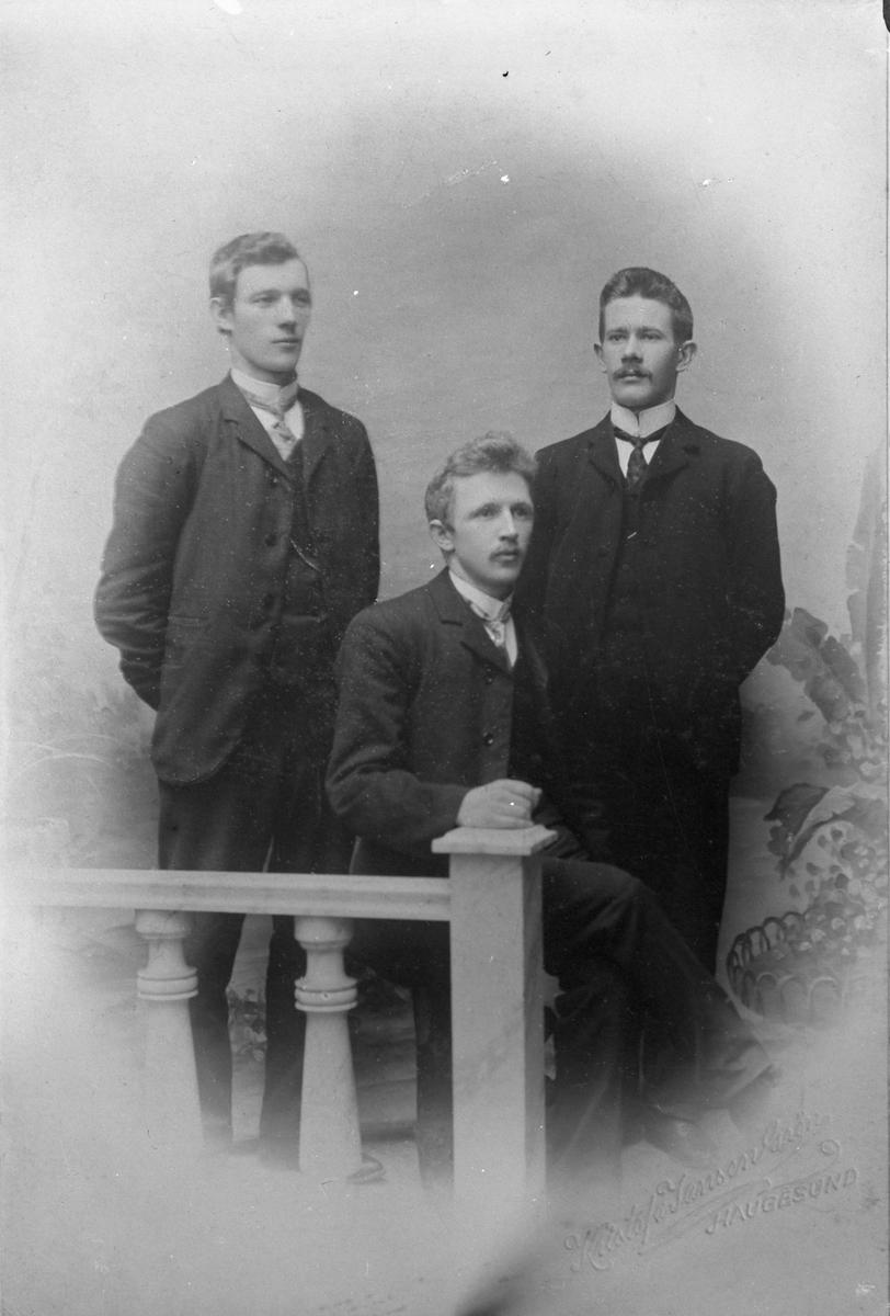 Tre skipperelever fra Sjømansskolen.
