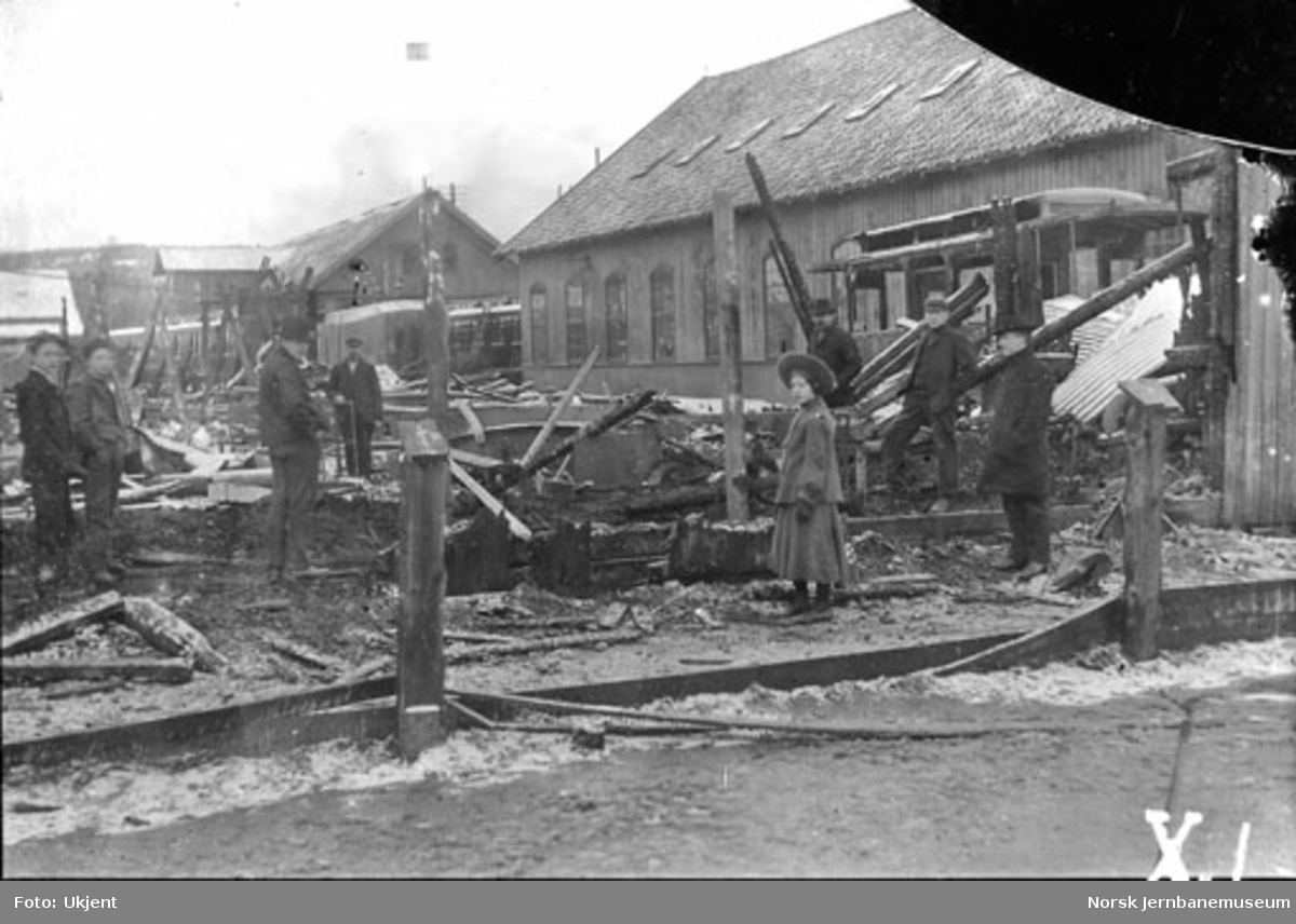 Ødeleggelser på Skabo Jernbanevognfabrik, trolig etter brann