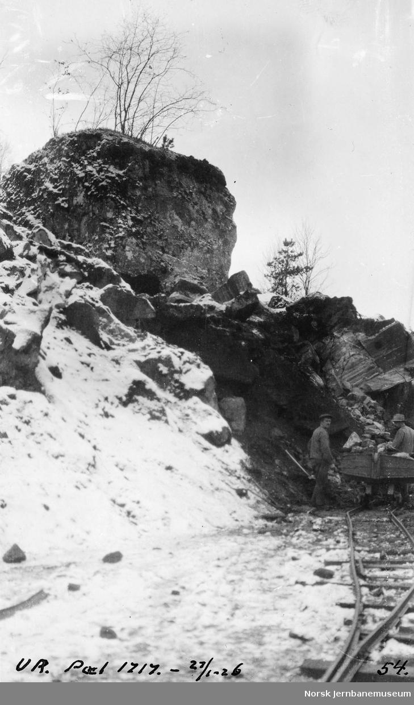 Stor steinur ved pel 1717