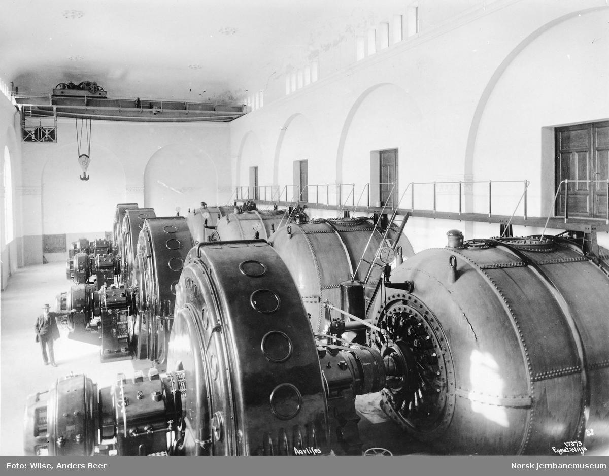 Maskinhallen i Årlifoss kraftstasjon