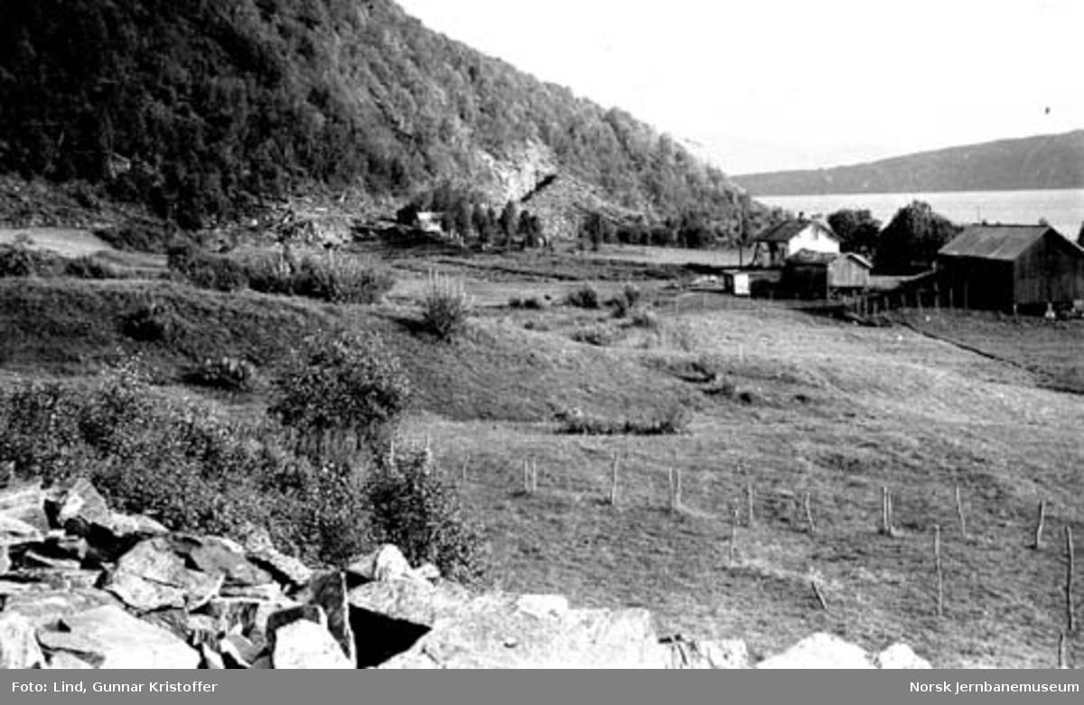 Nordlandsbaneanlegget : linjeparti ved Røvik